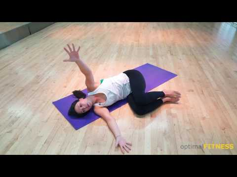 Yoga exercise for improving posture, thoracic spine (upper back) and shoulder mobility | Rebecca