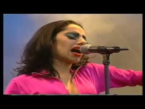 PJ Harvey Live Glastonbury '95