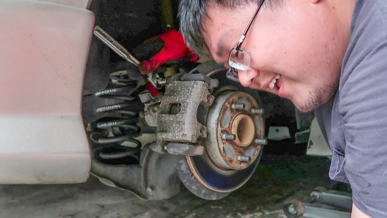 Mazda 3 Service Manual: Rear Brake (Disc) RemovalInstallation