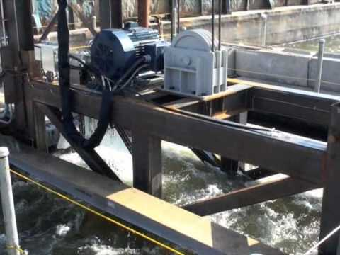 Hydro Green Energy   Hydrokinetic Turbine Operation Video