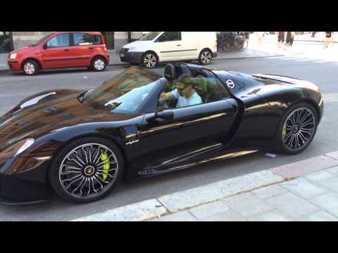 2nd angle Zlatan Ibrahimovic Porsche 918 Spyder in Stockholm