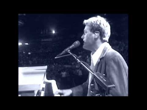Клип Michael W. Smith - Awesome God