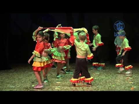 Spectacle Maternelle: Le Loup et les Danses du Monde - Lycée Franco-Mexicain - Liceo Franco-Mexicano