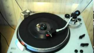 Daryl Hall & John Oates: Kiss On My List (45 RPM)