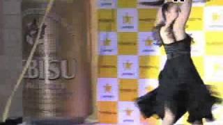 2010年サッポロビールキャンペーンガール 中村果生莉 検索動画 10