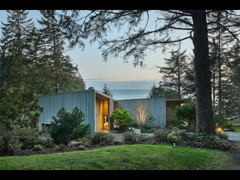Oceanfront Home In Sooke, British Columbia, Canada | Sotheby's International Realty