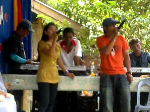 abdillah duet with sibuko girl.