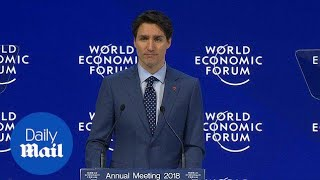 Trudeau talks about NAFTA at the World Economic Forum in Davos - Daily Mail