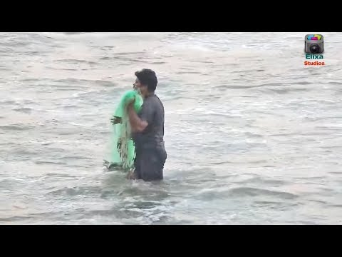 Fishing with castnet in Sea   Stunning Fish Catching with Castnet   Fish Hunting in Sea Shore