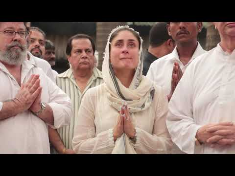 Kareena Kapoor Khan CRIES At Grandmother Krishna Raj Kapoor's Funeral Ceremony