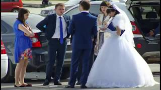 Уличные гулянья Чужая свадьба