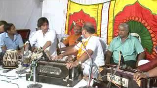 Prabhu More Avgun Chit Na Dharo Live