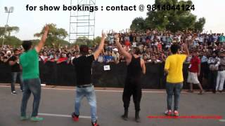 Yo Yo Honey Singh & Mafia Mundeer @ India-Gate, DELHI (30-06-2012)