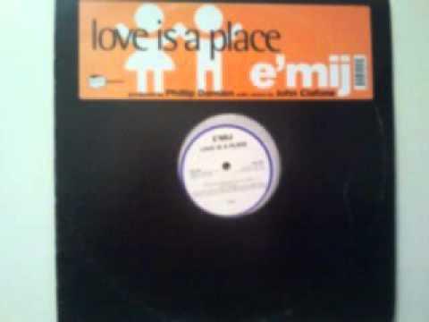 e 'mij love is a place vocal dub