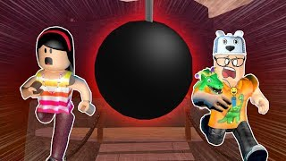 ROBLOX: MY MOTHER AND I IN: WHO FALL INTO THE TRAP LOSES!!