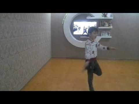 Маленький мальчик отлично танцует лезгинку-2))) 2020