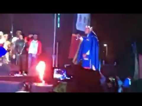 Khuphula amandla by Khuzani live