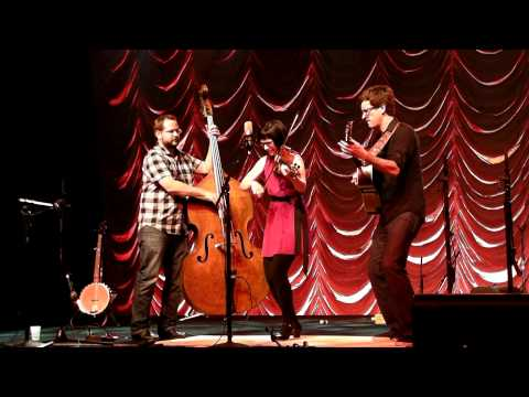 April Verch Band - Medley & Dance - A Riverboat's Gone - Bumblebee In A Jug