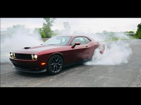 2019 Dodge Challenger HEMI 5.7L- Interior, Exterior, Exhaust & Burnout!