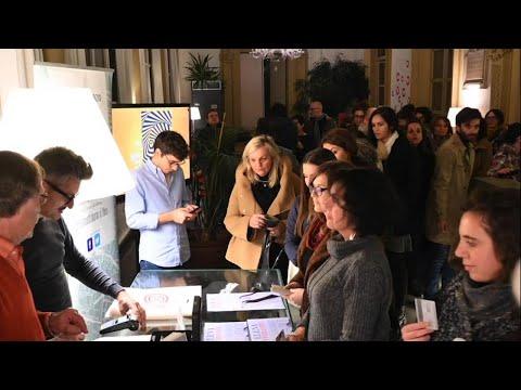 Torino, Happening Notturno Per L'ultimo Libro Di Elena Ferrante