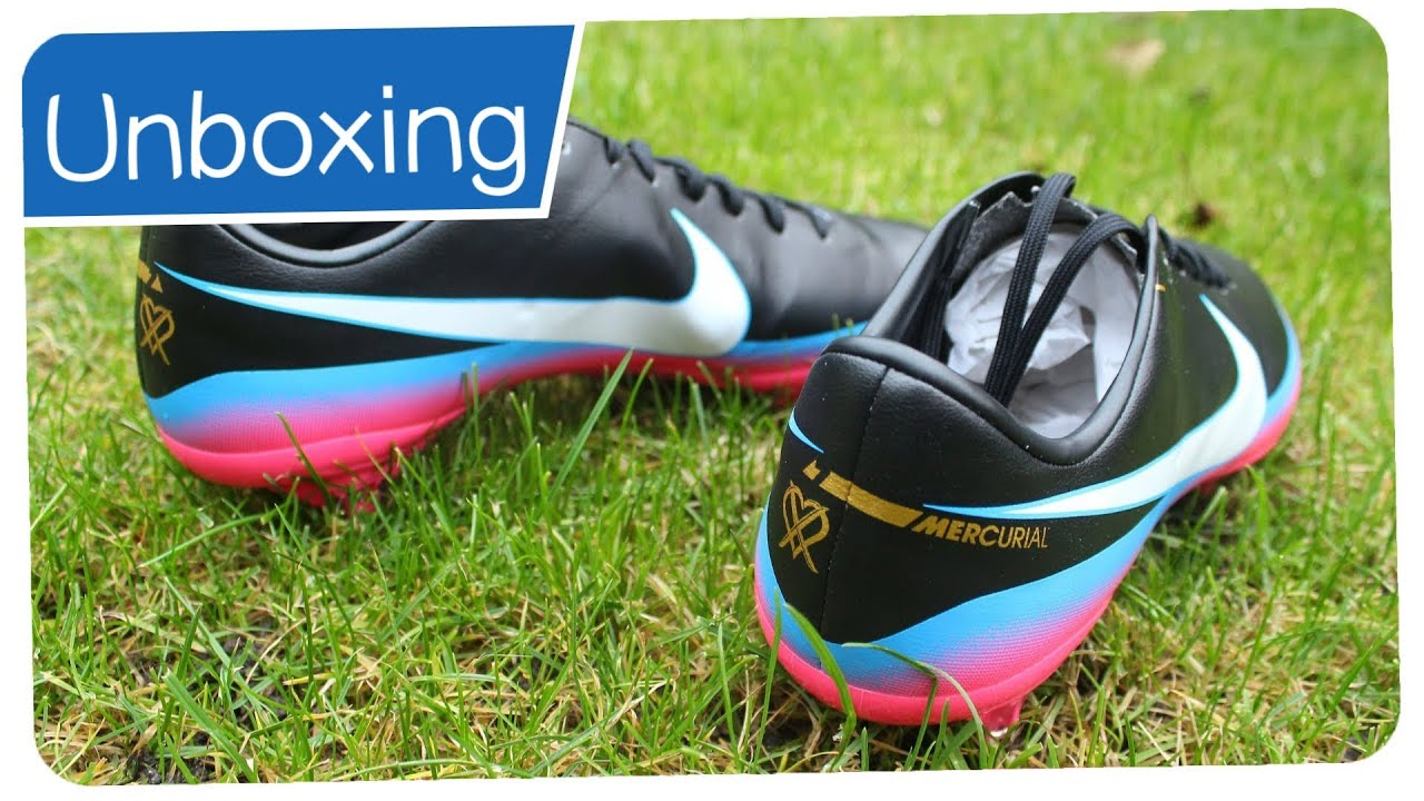 carrera Triatleta rápido  Nike Mercurial Vapor VIII CR7 FG ACC - CRISTIANO RONALDO Boots - Unboxing -  YouTube