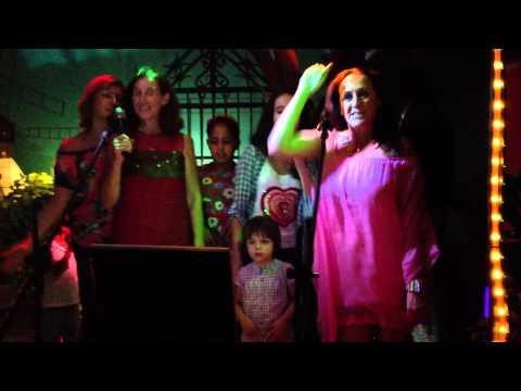 Viaje a Belmonte: Karaoke Hurtado