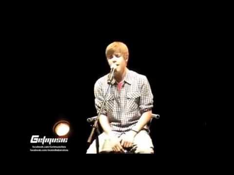 Justin Bieber Singing Baby Acoustic 2011