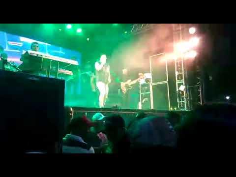 Cavaleiros do Forró ao vivo em Feira Nova Paraíba