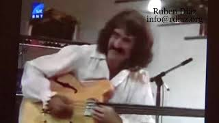 Paco de Lucia innovated by including electric bass (Carles Benavent) in flamenco music / Ruben Diaz