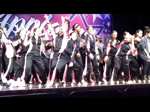 Encore at Applause gangnam style