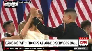 ماذا قال الرقيب بالجيش الأمريكي لميلانيا ترامب خلال رقصهما في حفل التنصيب؟