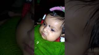 Cute baby gossip with mummmaa😘
