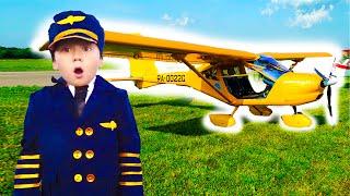 تلعب سينيا دور الطيار وتطير بطائرة هليكوبتر
