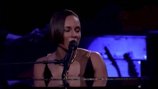Alicia Keys - Unbreakable (Live at iTunes Festival 2012)