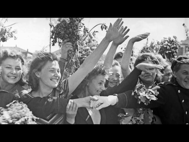 На полянке – Песни военных лет – Лучшие фото