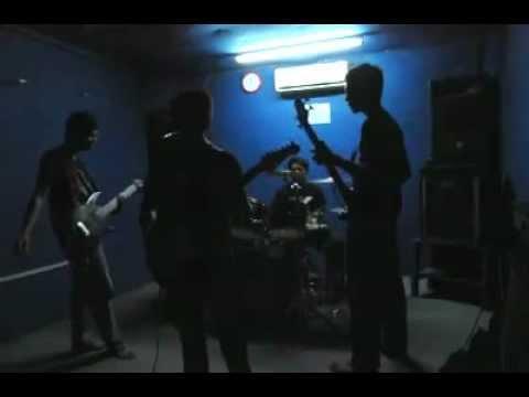 mimpi yang sempurna cover by iceberg band