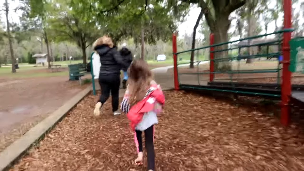 Hello Neighbor In Real Life Hairdorables Toy Scavenger ...