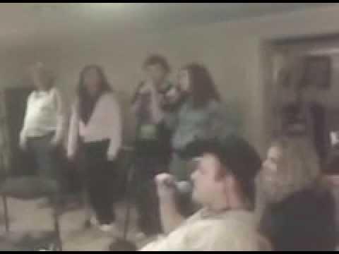 Gunnis Family Karaoke Jam