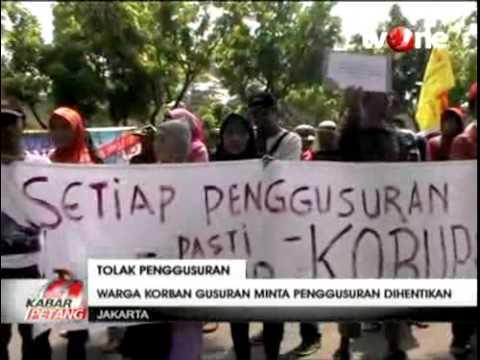 Warga Korban Penggusuran Demo Ahok di Kantor Gubernur DKI