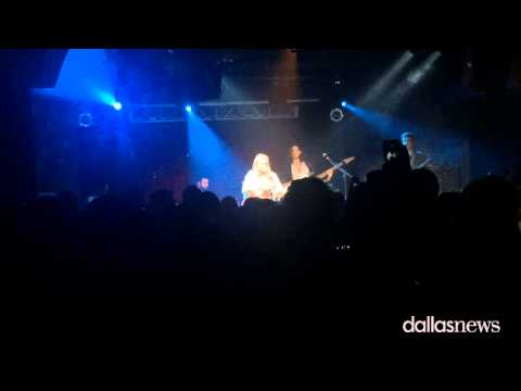 Scenes from the Elle King concert at House of Blues in Dallas