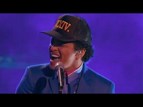 Bruno Mars '24k Magic' Performance...