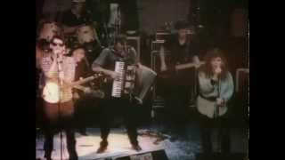 THE POGUES - FAIRYTALE OF NEW YORK - LIVE & DRUNK 1987