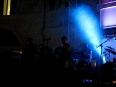 Noemi -  Sulla mia pelle ,live outlet Noventa di Piave 04-08-2010