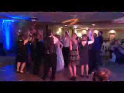 wedding-dj-minnesota---best-minnesota-wedding-dj---pro-sound-&-light-show-djs-&-uplighting