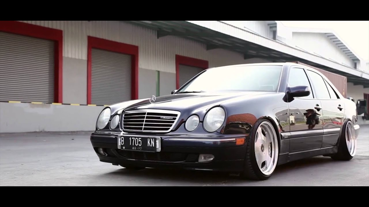mercedes benz w210 on lehrmeister stacked video coverage youtube. Black Bedroom Furniture Sets. Home Design Ideas