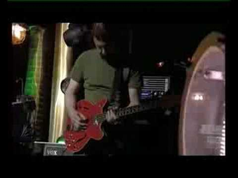 Portishead Live at La musicale (FRENCH TV) - 08 Nylon Smile