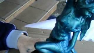 Decoración de figuras metalizándolas, imitando bronce, óxido, hierro.