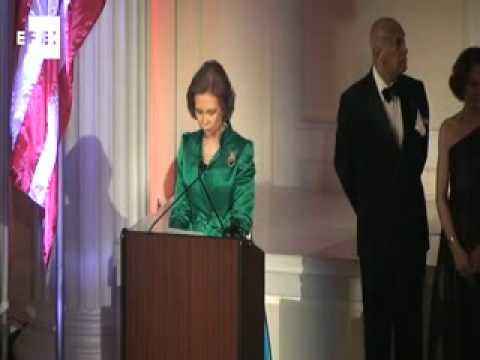 Queen Sofia presents Spain-United States gold medal awards in NY.