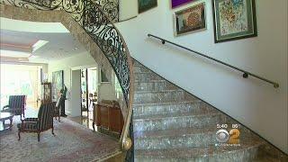 Living Large On CBS2 New York - Inside The Poshest Digs