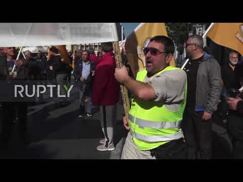 Greece: Thousands march